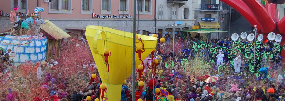Dimanche - Grande bataille de confettis